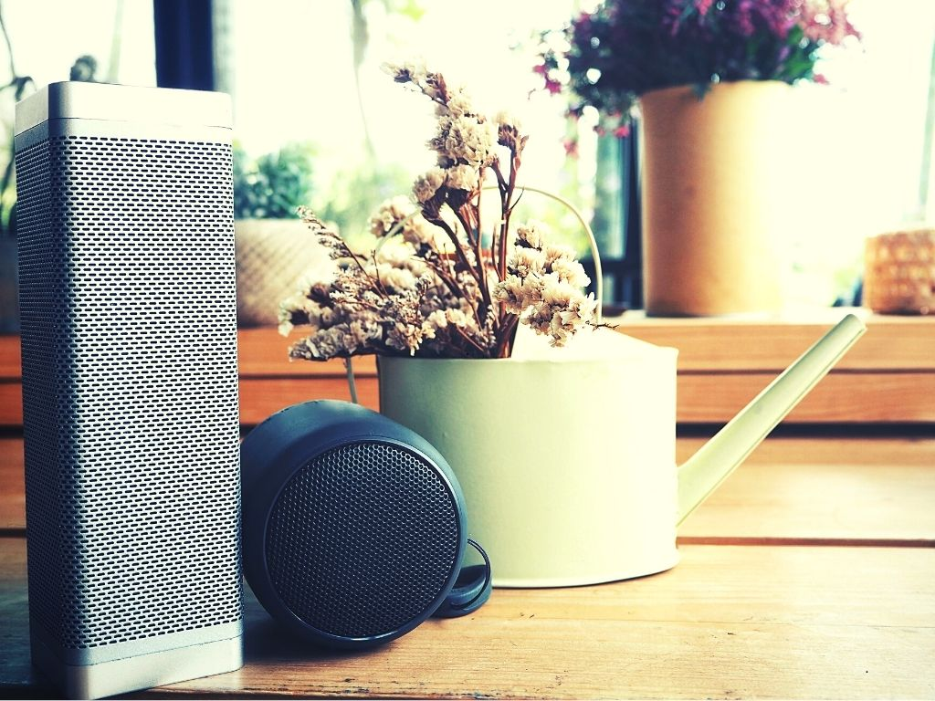 Top 7+ Best Affordable Bluetooth Speakers for Indoors & Outdoors 2021 Reviews