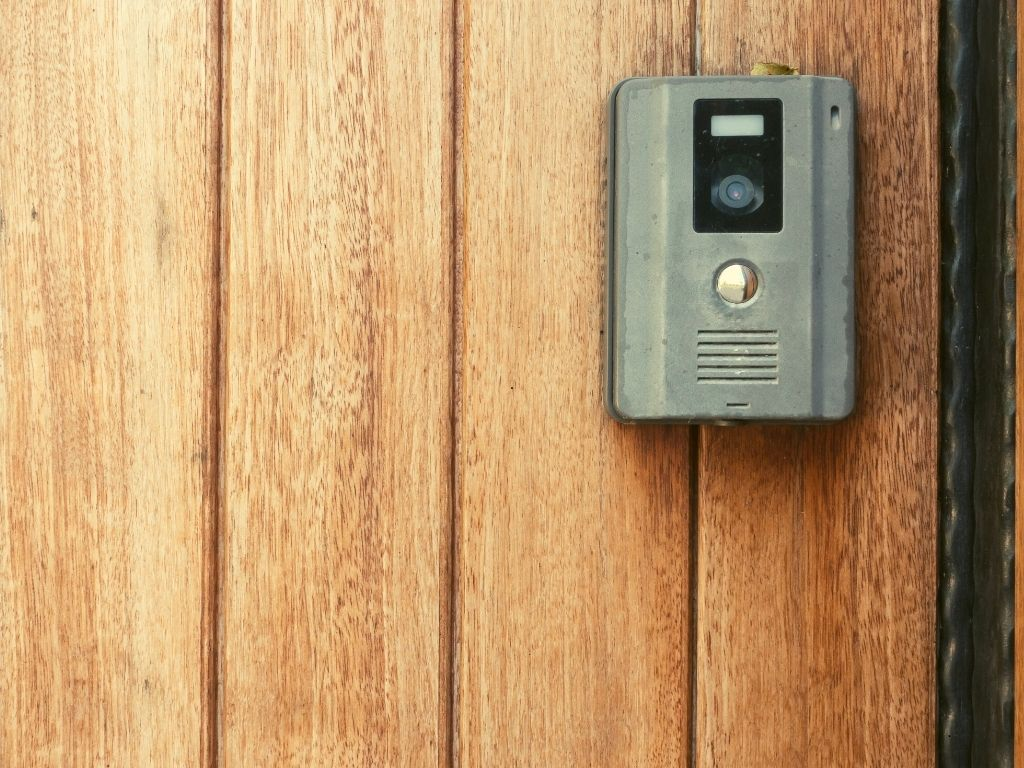Top 7 Best Doorbell Cameras for Apartments & Homes 2021 Reviews