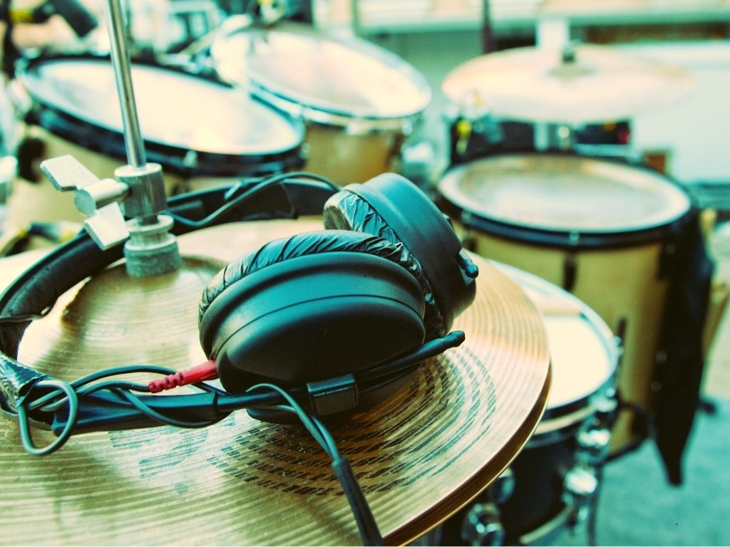 Top 7 Best Drum Headphones for Electric & Acoustic Drums 2021 Reviews